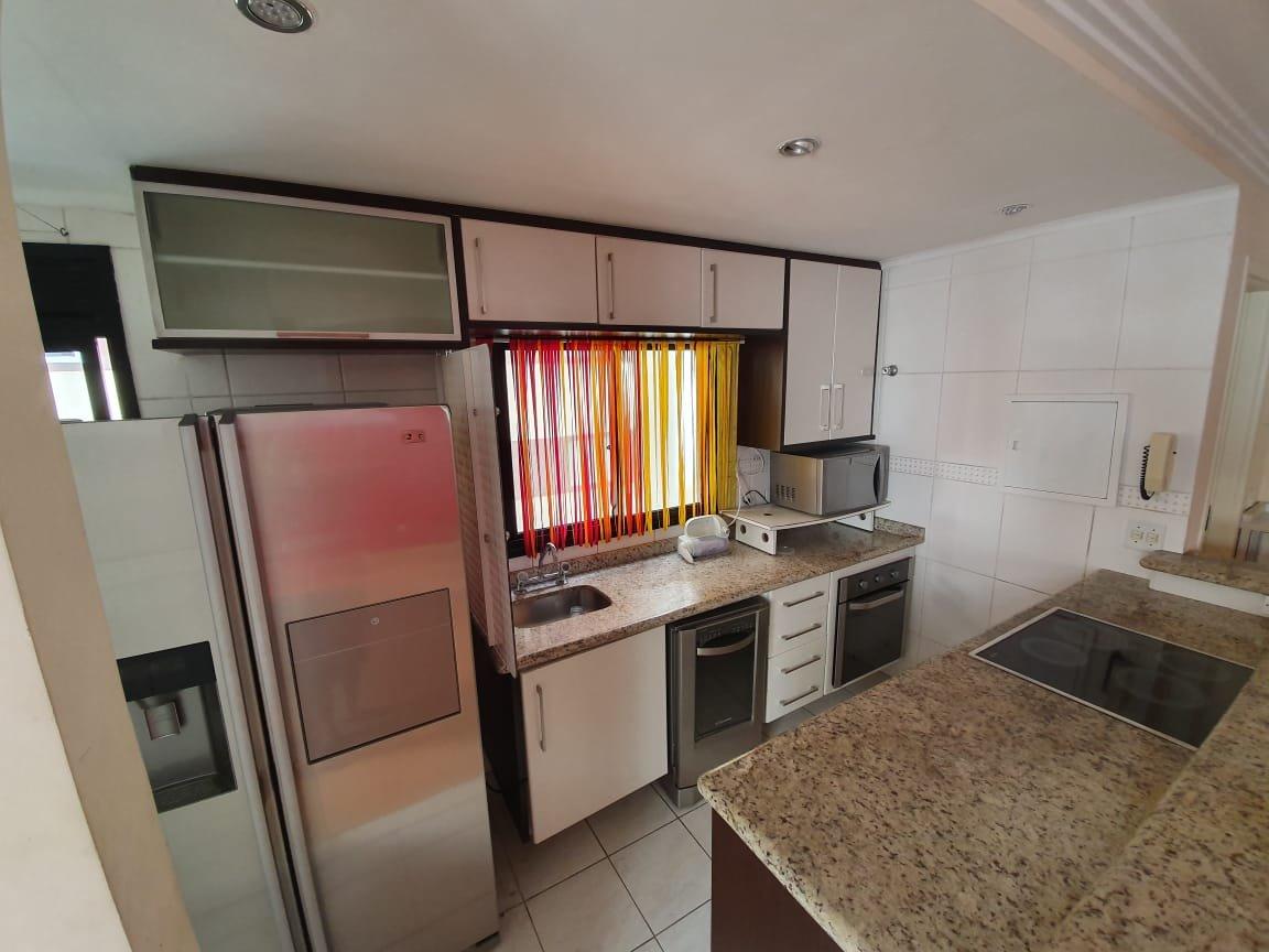 desktop_kitchen03.jpeg